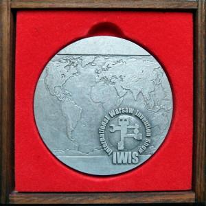 2016_10_10-platynowy-medal-iwis-2