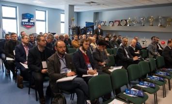 Spotkanie PIGE i Grupy Azoty ZAK S.A. odbyło sie w Sali Chwały siatkarskich Mistrzów Polski - ZAKSY Kędzierzyn-Koźle